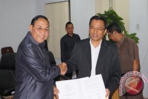 DPRD-Pemkot Bontang Teken Kesepakatan KUA-PPAS APBD-P 2015