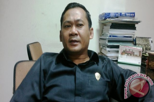 DPRD Penajam Minta Pengerjaan Pengalihan Jalan Dipercepat