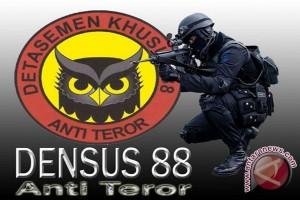 Densus Tangkap Seorang Terduga Teroris di Balikpapan