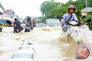 """HUT Samarinda """"Dihadiahi"""" Banjir"""