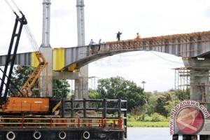 Pengerjaan Jembatan Kumala Memasuki Tahap Pengecoran Lantai