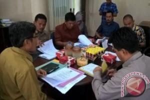 DPRD Paser Konsultasi BPMPD terkait Raperda Pilkades