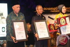 Kaltim Raih Penghargaan EKPPD
