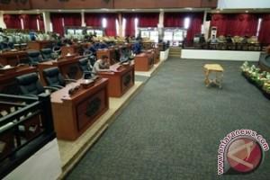 Sembilan Legislator Penajam Tidak Hadiri Rapat Paripurna