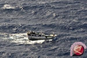 BMKG: Waspadai Gelombang Tinggi di Jalur Mudik Laut