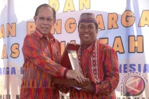 Kutai Timur Raih Penghargaan Motivator KB Pria