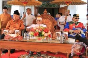 Gubernur: LBAK Lebih Berperan dalam Pembangunan
