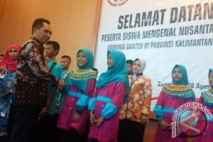 Tampilkan Kesenian Kaltim Sebelum Pulang ke Banten