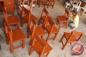 Disdikpora Penajam Membutuhkan 8.600 Unit Mebel Sekolah