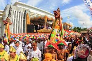 Rita : Erau Kolaborasi Kesenian Nusantara Dengan Mancanegara