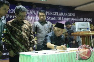 Gubernur: ISBI Jaga Seni Budaya di Kaltim
