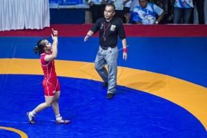 PON 2016 - Inadrah Raih Emas Pertama Gulat Kaltim
