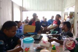 75 Buruh Datangi Disnakertrans Paser Tuntut Pesangon
