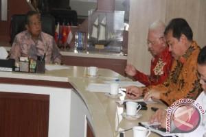 Gubernur Laporkan Kemajuan Proyek Infrastruktur Kaltim