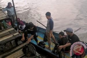 GMSS-SKM dan Mahasiswa Kembali Rawat Sungai