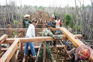 TNI Memupuk Asa Wujudkan Mimpi Warga Ketibeh