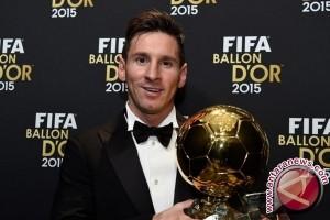 Ronaldo dan Messi Kembali Bersaing Perebutkan Ballon d'Or 2016