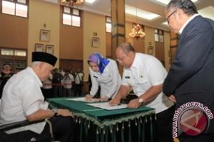 Bupati/Walikota Harus Dukung Pengembangan Tanaman Jabon