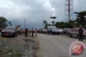 Gubernur Kaltim Tinjau Proyek Jalan Trans Kalimantan