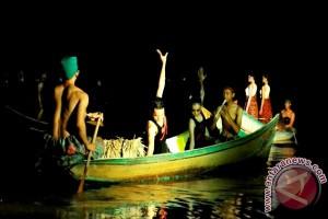 Komunitas Seni Gubang Pentas di Sungai Tenggarong