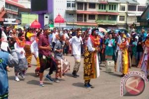 1.863 Peserta Meriahkan Parade Budaya HUT Paser
