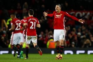 Ibrahimovic Teken Kontrak Satu Tahun di Manchester United