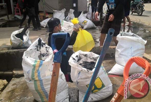 Minimalisir Banjir Melalui Lomba Bersihkan Parit