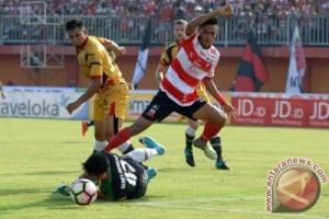Mitra Kukar Imbangi Madura United 2-2