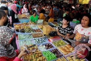 Belasan Pasar Ramadhan Ramaikan Penajam