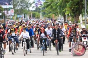 Menpora Pimpin Gowes Pesona Nusantara di Tenggarong