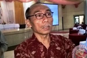 Kertas Dominasi Ekspor Indonesia Periode 2016-2017
