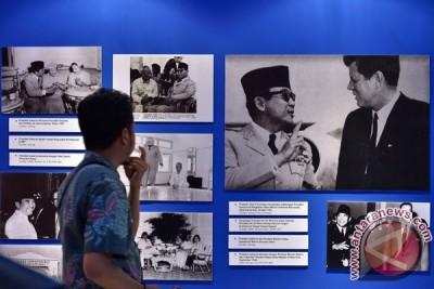 Pameran Sukarno Besar Bersama Rakyat