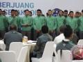 Para main Timnas Indonesia U-22 mengikuti pelepasan oleh PSSI di Jakarta, Kamis (10/8/2017). Timnas U-22 akan berlaga pada SEA Games XXIX-2017 di Kuala Lumpur, Malaysia, dengan target mendapatkan medali emas. (ANTARA FOTO/Wahyu Putro A)