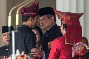 Jokowi Umumkan Pemakai Baju Adat Terbaik saat Upacara Proklamasi
