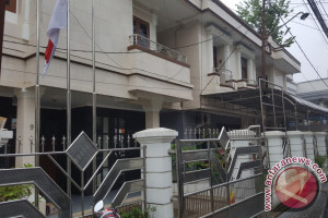 """KPK Geledah Rumah Tersangka Gratifikasi Heri """"Abun"""" Susanto"""