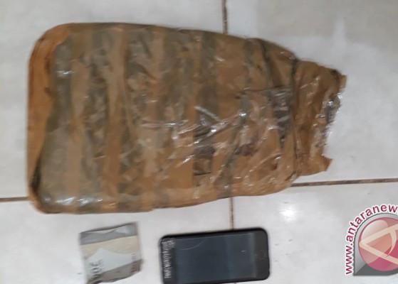 BNNP Kaltim Gagalkan Pengiriman 600 Gram Ganja dari Medan