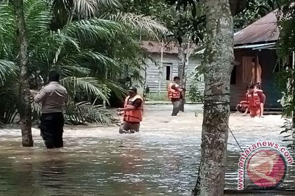 Puluhan Rumah Warga di Penajam Terendam Banjir