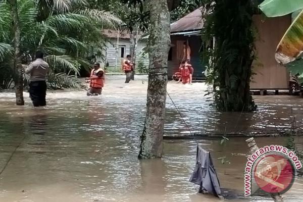 BPBD Penajam Data Warga Terdampak Banjir Lawe-Lawe