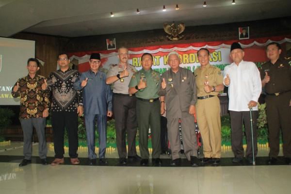 Gubernur Kaltim Pimpin Rakor Persiapan Pilkada 2018
