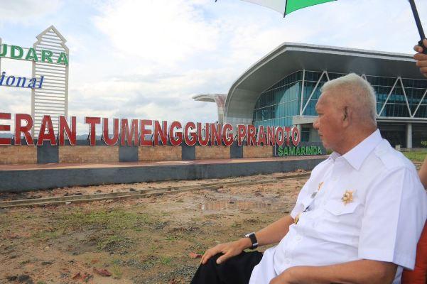 Gubernur Tinjau Bandara APT Pranoto