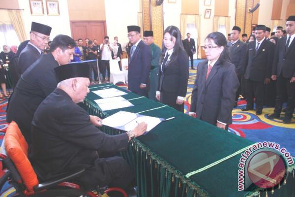 Gubernur Lantik 52 Pejabat Fungsional