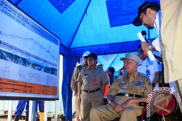 Selama 9 Jam Gubernur Susuri Proyek Tol Balikpapan-Samarinda