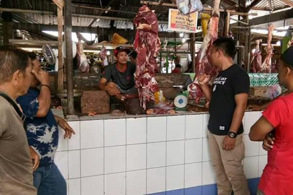 Disperindagkop Paser pastikan tidak ada peredaran daging babi