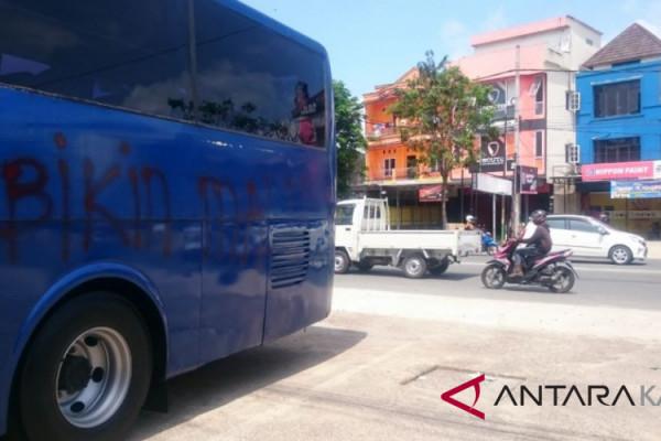 Tim terpuruk, bus Persiba jadi korban vandalisme