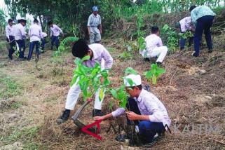 MTs Samarinda bantu restorasi Sungai Karang Mumus