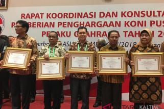 UMUM- Ketua KONI Kaltim Raih Penghargaan Nasional