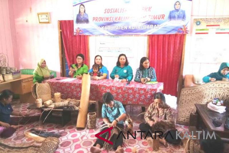 TP-PKK Kaltim promosikan produk kerajinan warga Bentian Besar