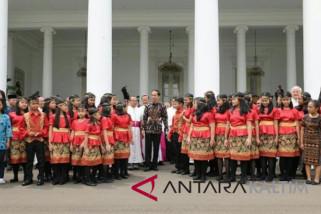 Tiga remaja Penajam bertemu Presiden Jokowi