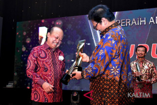Pupuk Kaltim Cetak Hattrick Platinum SNI Award