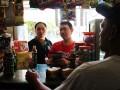 CEO Suntory Garuda Beverage Fransiskus Johny (kiri) bersama Direktur GarudaFoodRudy Brigianto (kanan), berbincang dengan penjual saat melakukan peninjauan langsung ke konsumen di area Jakarta Selatan, akhir pean lalu, Sabtu (13/9). Aksi simpatik ini merupakan salah satu komitmen perusahaan terhadap peningkatan kualitas produk dan pelayanan terhadap konsumen karena GarudaFood telah bekerja sama dengan Suntory Beverage & Food di bidang bisnis minuman non-alcohol dan mendirikan perusahaan joint venture dengan nama Suntory Garuda Beverage. Foto IST/YU/14
